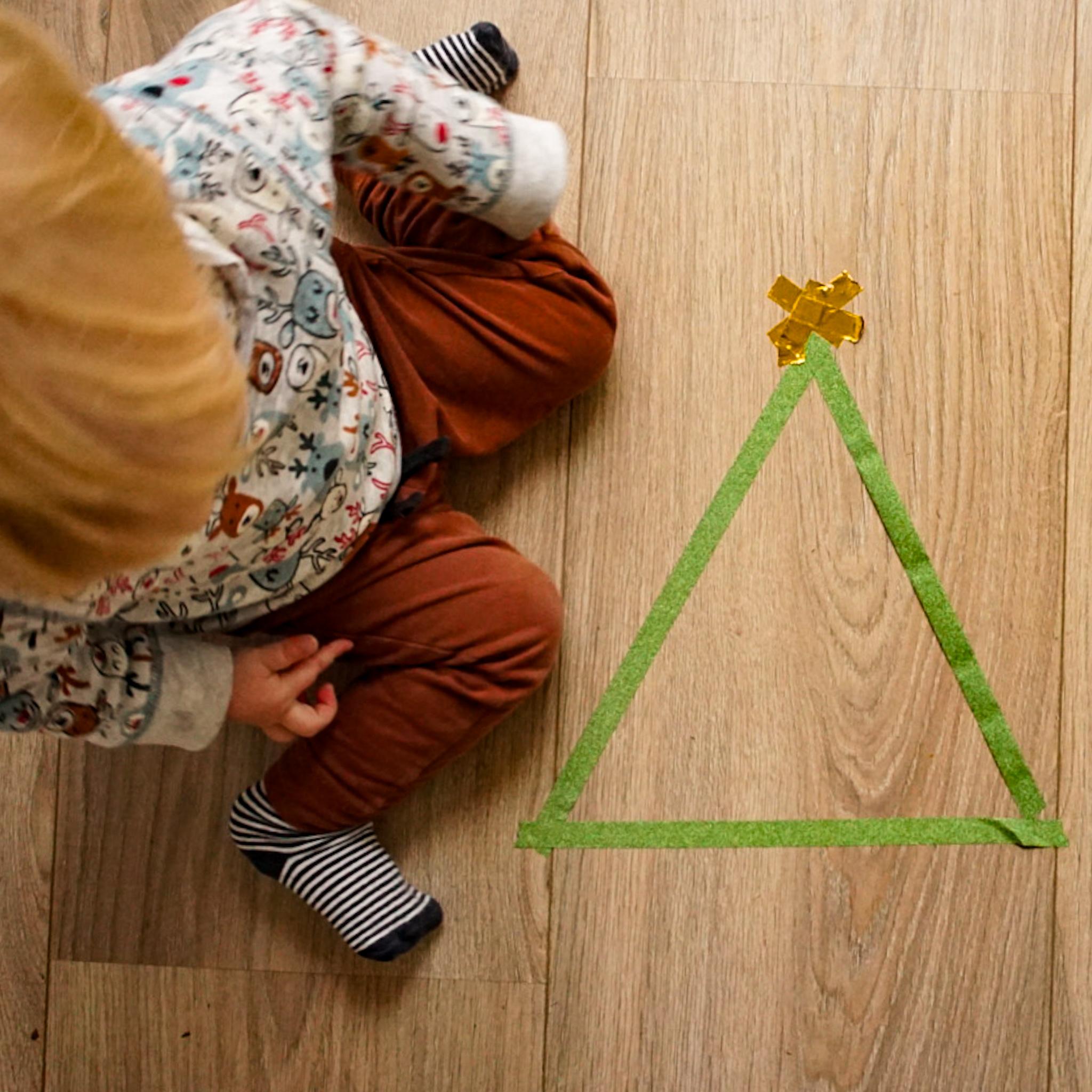 kerstactiviteit voor je dreumes washi-tape kerstboom