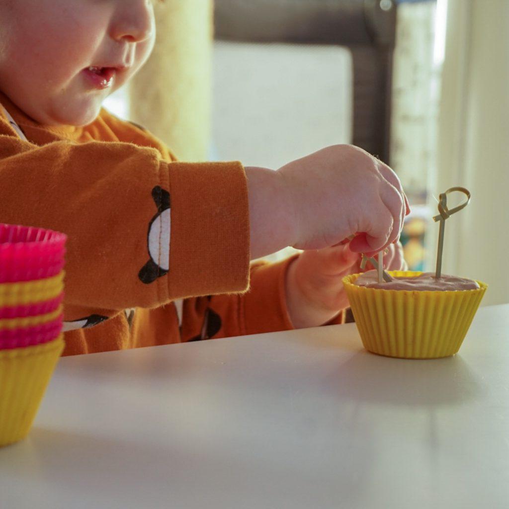 recept play dough en speeltip cupcakes