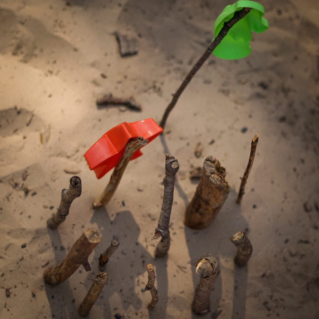 balanceer de zandvormpjes